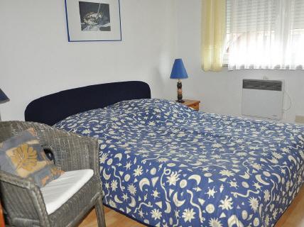 Zimmer Gastgeber im Haus Gallileo in Laboe - strandnah - bequem auf einer
